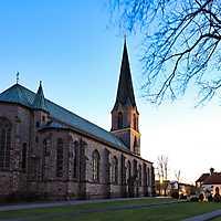 200322 Kirchen Wallenhorst bei Nacht